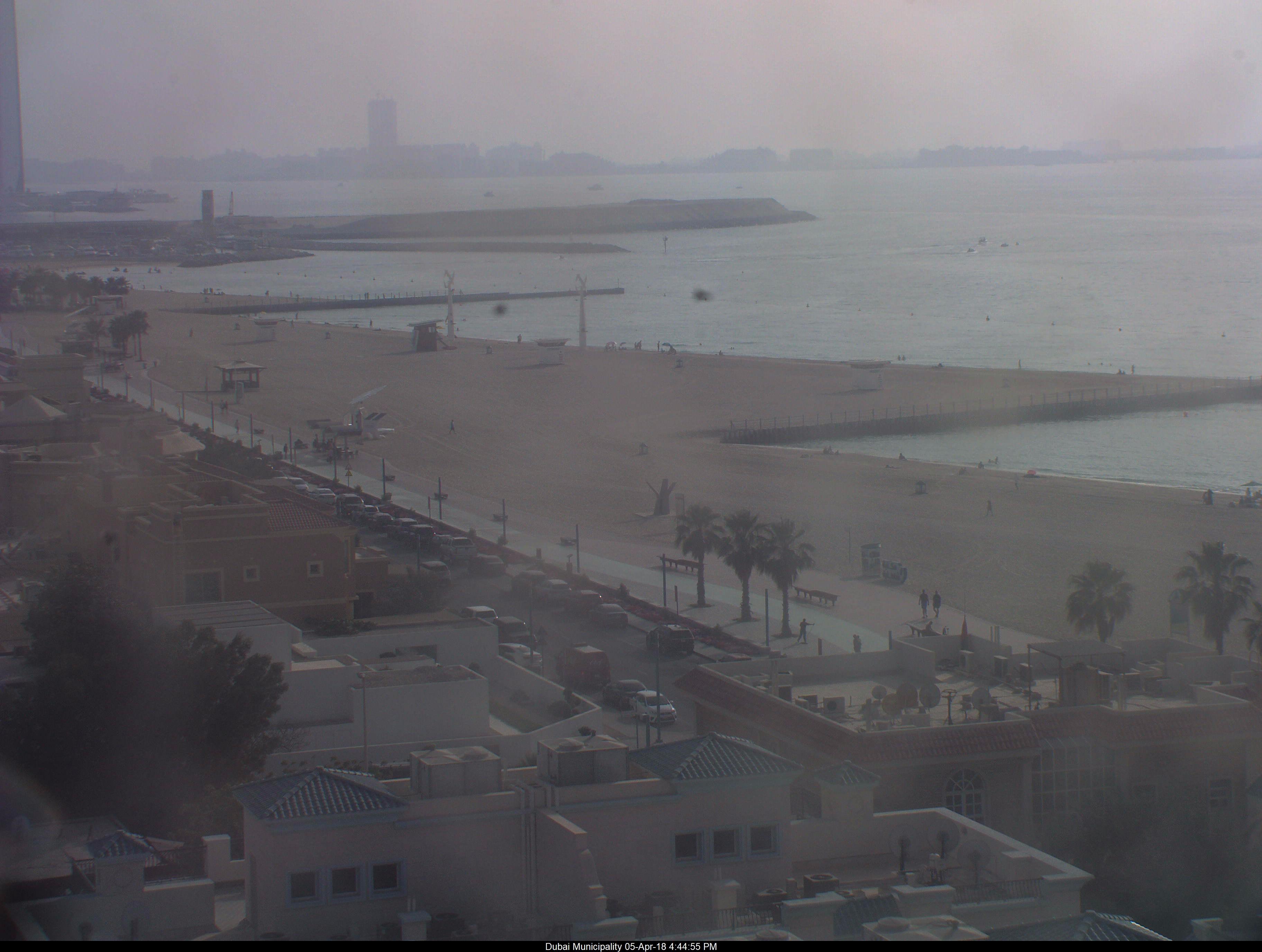 Онлайн веб камера ОАЭ Дубай пляж Умм-Сукейм